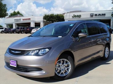97dbf4b91bd118bd1347435234e2b669 new 2017 chrysler pacifica limited passenger van in grapevine Chrysler 2017 Pacifica Interior at edmiracle.co
