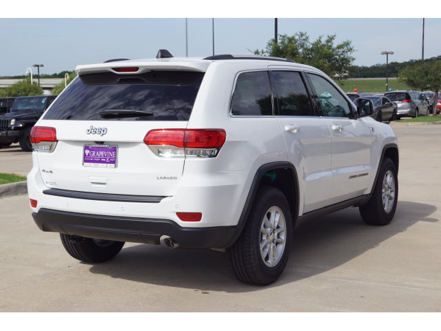 2018 jeep grand cherokee. delighful cherokee new 2018 jeep grand cherokee laredo intended jeep grand cherokee c