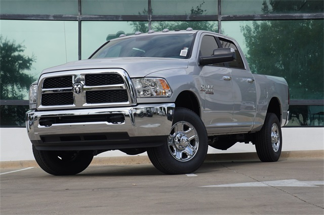 New 2017 Ram 2500 Slt Crew Cab In Grapevine G763918